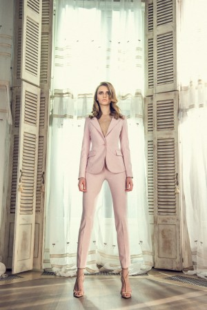 Jacket in powder pink color
